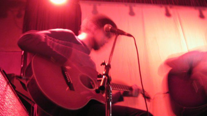 Gitarre - christliche Musik - Christine Danzer - go 4 jesus