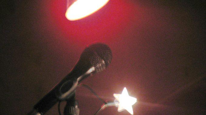 Mikrophone_ Musikbeitragsbild -Christine_Danzer- go4jesus