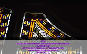 Glasfenster _2- Schlosskirche - Wittenberg - Christine Danzer -- go 4 jesus - bibel