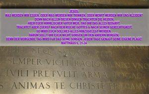 Grabplatte am Altar - Schlosskirche - Wittenberg - go 4 Jesus - Jesus lehrte - Bibel - Christine Danzer