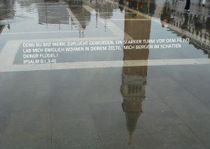 Markuskirche Spiegelung Turm Venedig - Psalm 61 - Walter Danzer - go4jesus
