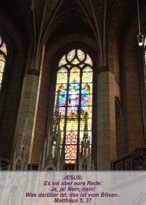 Wittenberg - Schlosskirche - Fensterbild Kreuzigung Jesus - Christine Danzer - go 4 jesus - Matthäus 5,37 - Bibel
