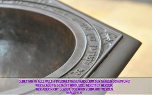 Taufbecken- Schlosskirche -Wittenberg - go 4 Jesus - Jesus lehrte - Bibel - Christine Danzer